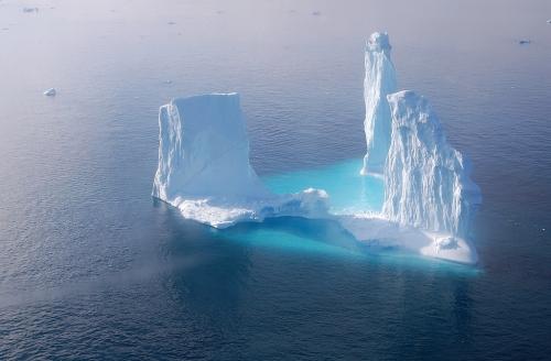 Coach et thérapeute Iceberg.jpg